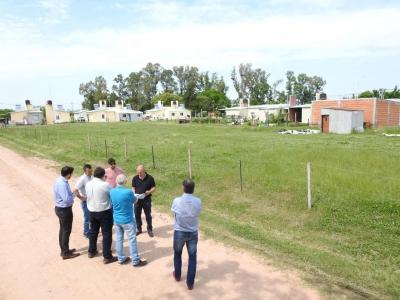 Comienza plan de viviendas en Aldea San Antonio - Radio Máxima